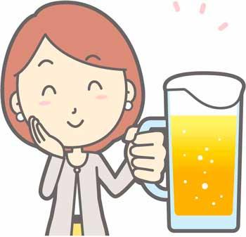 忘年会でビールを飲む女性